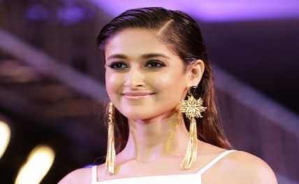 Ileana offered Rs 1 5 crore for item number? – hi INDiA
