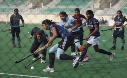 Women-Hockey20170519183732_l