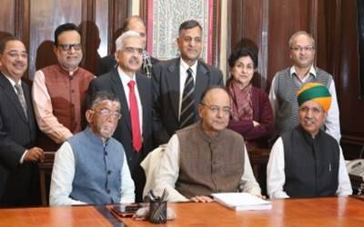 arun jaitley and budget team20170519181707_l